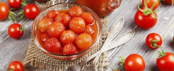 помідори у власному соку