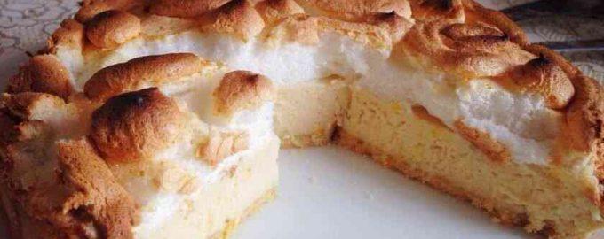 Лимонний пиріг зі згущеним молоком