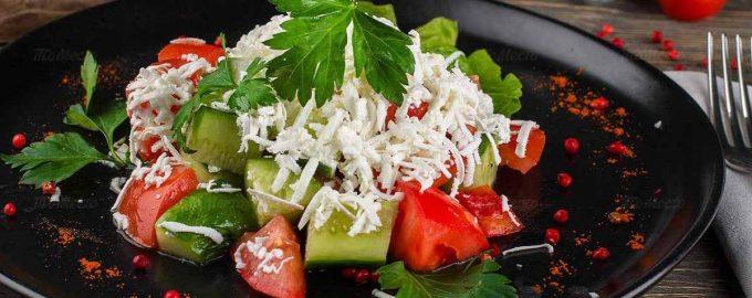 Болгарський Шопський салат