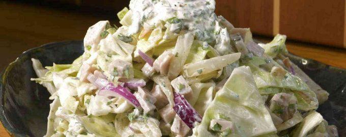 Салат з капустою і бужениною