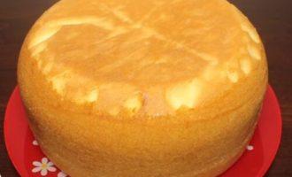 пишний бісквіт для торта в мультиварці