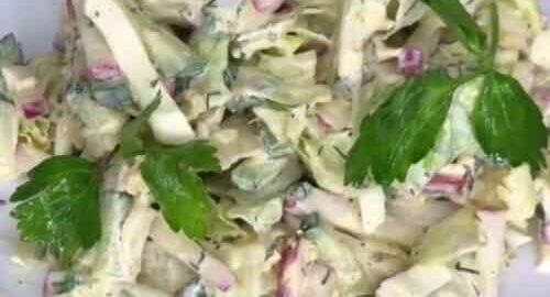 Салат з редискою і огірками