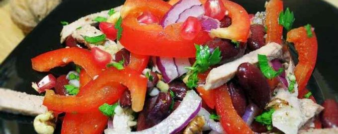 Салат Тбілісі з яловичиною