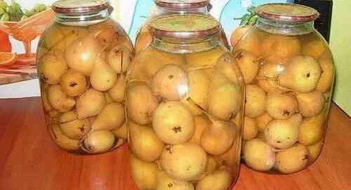 компот з цілих груш на зиму