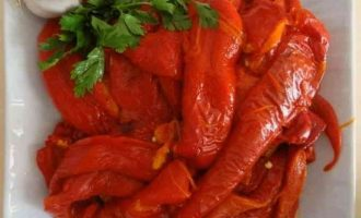 Мариновані червоні гострі перці по-вірменськи