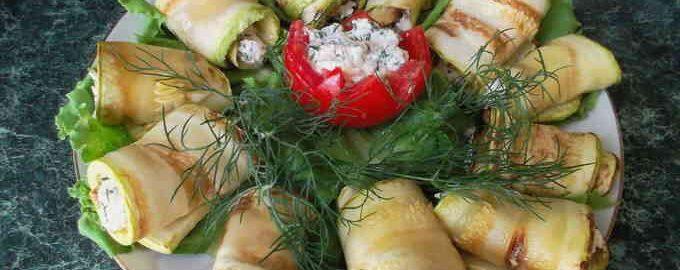 рецепт приготування рулетів з кабачків з сиром
