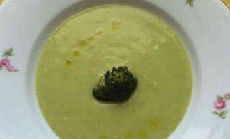 Крем-суп з брокколі і картоплі